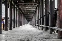 三江风雨桥人行道