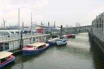 德国易北河上的汉堡港栈桥