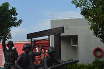公园消防员雕塑