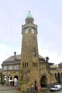 汉堡港圣保利码头的钟楼