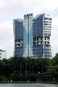 蝴蝶型大楼