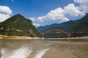 巫峡口和巫山长江大桥