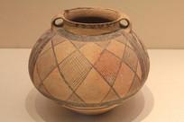 马厂类型双耳彩陶罐