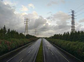 高速路台风天