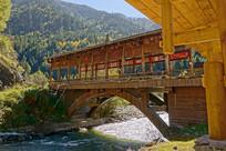黑水县藏族村寨河流上的红军桥