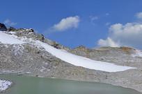 四川现代冰川冰蚀湖地貌