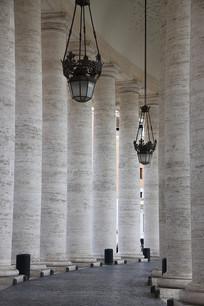 欧洲梵蒂冈圣彼得大教堂罗马柱