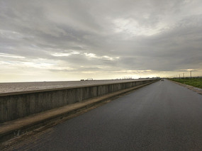 云霞海湾堤坝