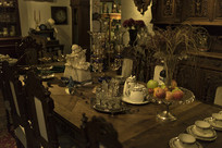 古典餐厅摆饰特写