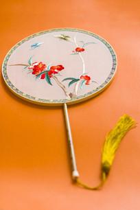 古典刺绣圆扇