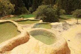 黄龙高原湿地彩池