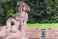 汉代舞女雕塑
