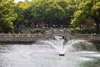 普陀山普济禅寺福桥之瑶池桥
