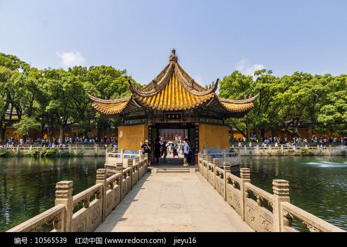 中国浙江舟山普陀山湖心亭定香亭