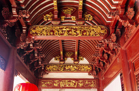 慈城城隍庙硬山顶内部木雕图案
