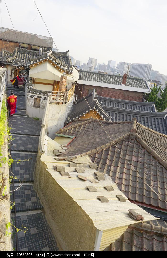俯拍韩国首尔北村韩屋村民房图片