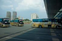 繁忙的宜昌汽车客运中心站