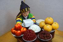 韩国民俗雕塑-周岁餐桌及抓周