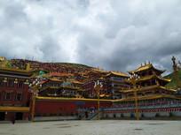 色达喇荣五明佛学院喇嘛经堂