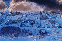 大兴安岭林区山村雪景