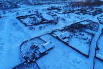 大兴安岭山林人家院落雪景
