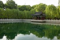 济南珍珠泉园林式建筑