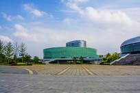 鞍山奥体中心速滑馆与广场