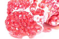 粉色石榴子