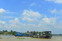 越南美托市湄公河水上游
