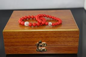 珠宝玉器-红珊瑚手串