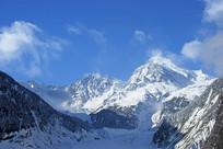 四川海螺沟冰川的贡嘎山
