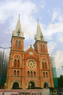 越南西贡圣玛利亚大教堂外景