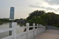 广州儿童公园的桥