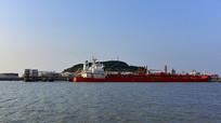 洋山石油加工船