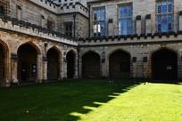 墨尔本大学古建筑楼