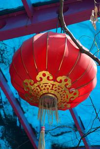 一盏红色的灯笼