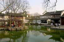 苏州留园汲古得修绠池塘水景
