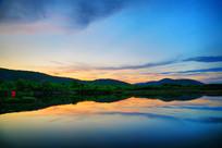 大兴安岭森林湖夕阳