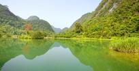 贵州荔波小七孔上己定湖山水