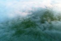 航拍山林晨雾