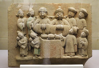清代彩绘四世同堂石刻