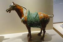 色彩明丽的唐代三彩马