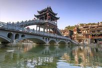 沱江云桥与古城