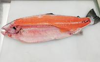 新鲜三文鱼肉