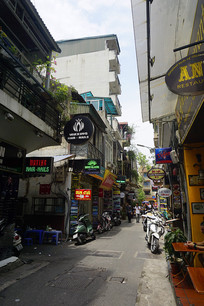 越南河内市的一条餐饮休闲街