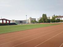 中学校园操场