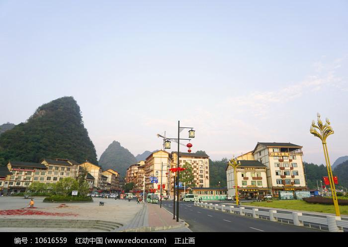 贵州荔波小七孔旁的小镇图片