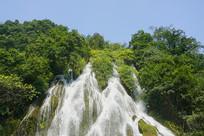 荔波小七孔的翠谷瀑布
