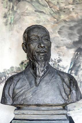 吴承恩雕像