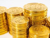 堆叠起来的金币特写